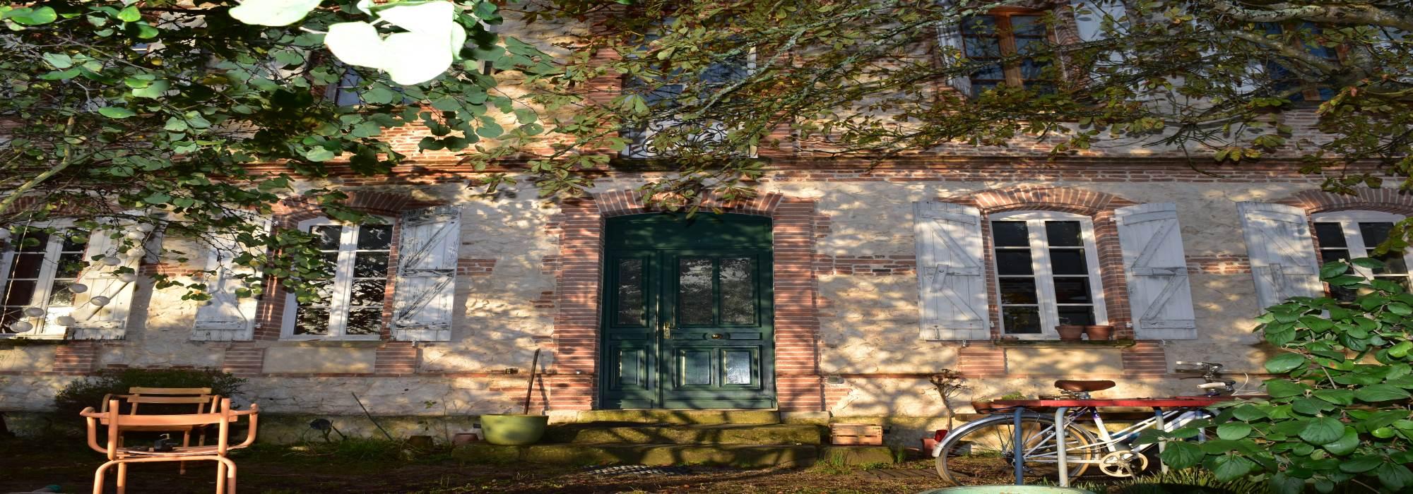 Maison bourgeoise 186 M² – 3 chambres – Jardin
