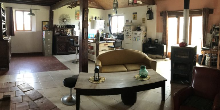 IMG_1555 maion a vendre Sarrant No10 Habitat 3