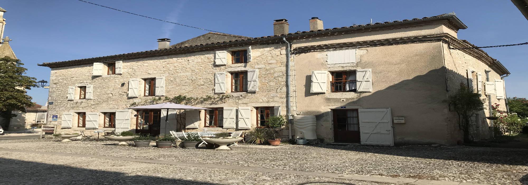 Maison de ville – 4 chambres – Terrasse & cave